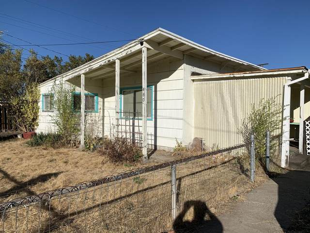 480 SE Dunham Street, Prineville, OR 97754 (MLS #220110334) :: The Payson Group