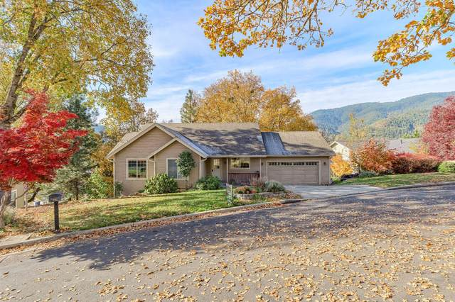 103 Cedar Ridge Terrace, Rogue River, OR 97537 (MLS #220110608) :: The Ladd Group