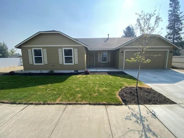 51370 Wheeler Road, La Pine, OR 97739 (MLS #220124058) :: Arends Realty Group