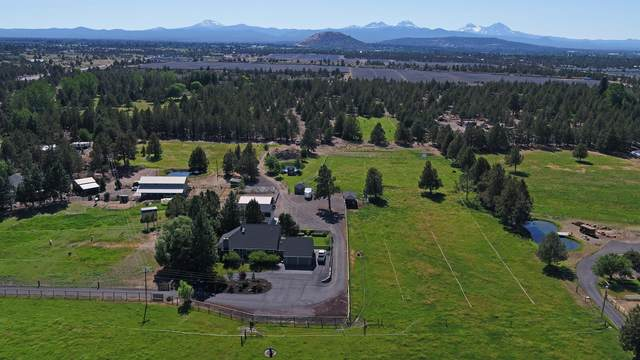 62227 Powell Butte Highway, Bend, OR 97701 (MLS #220124070) :: Premiere Property Group, LLC