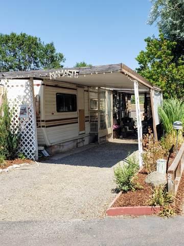 2799 Siskiyou Boulevard #31, Ashland, OR 97520 (MLS #220128070) :: Premiere Property Group, LLC