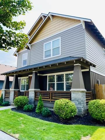 3087 NE Wells Acres Road, Bend, OR 97701 (MLS #220129591) :: Chris Scott, Central Oregon Valley Brokers