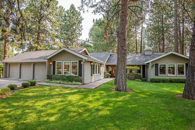 60648 Thunderbird Court, Bend, OR 97702 (MLS #220129782) :: Arends Realty Group