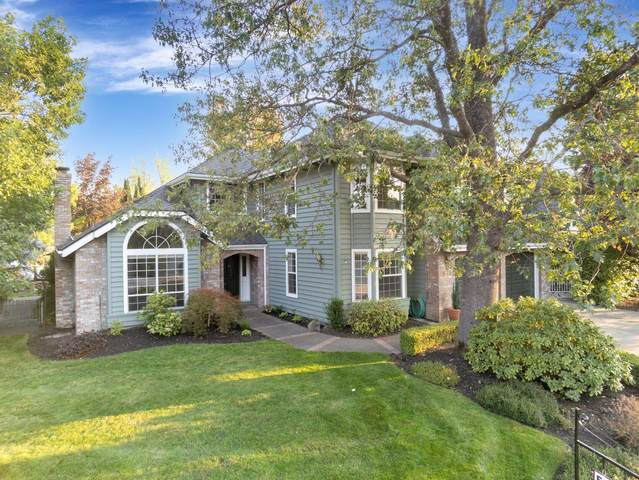 875 Cypress Point Loop, Ashland, OR 97520 (MLS #220130818) :: The Riley Group