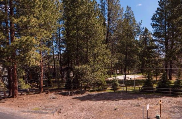 1140 E Timber Pine Drive, Sisters, OR 97759 (MLS #201700867) :: Birtola Garmyn High Desert Realty