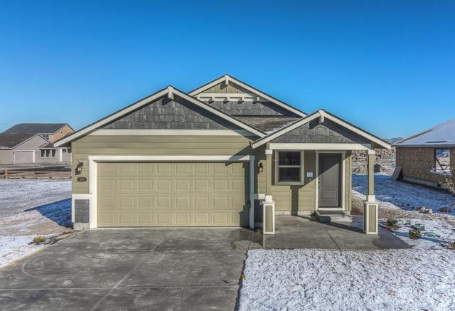 2641 NW Elm Avenue, Redmond, OR 97756 (MLS #201708074) :: Pam Mayo-Phillips & Brook Havens with Cascade Sotheby's International Realty