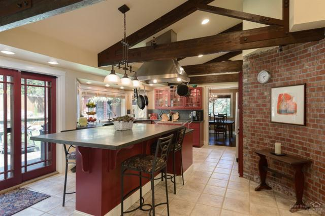 1208 NW West Hills Avenue, Bend, OR 97703 (MLS #201708132) :: Pam Mayo-Phillips & Brook Havens with Cascade Sotheby's International Realty