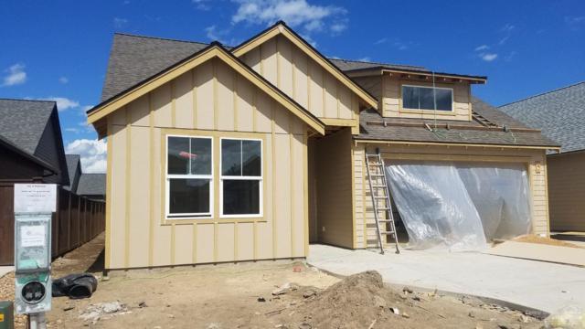 4173 SW Coyote Avenue, Redmond, OR 97756 (MLS #201808019) :: Central Oregon Home Pros