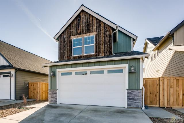 4136 SW Coyote Avenue, Redmond, OR 97756 (MLS #201808324) :: The Ladd Group