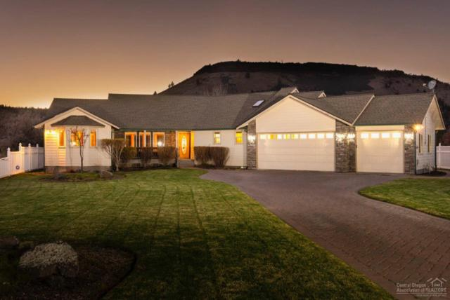 207 SW Meadow Lakes Drive, Prineville, OR 97754 (MLS #201808765) :: Windermere Central Oregon Real Estate