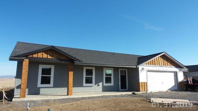 322 NE Blue Grass Dr., Culver, OR 97734 (MLS #201900686) :: Windermere Central Oregon Real Estate