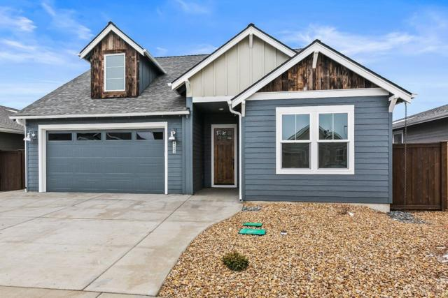 4093 SW Coyote Avenue, Redmond, OR 97756 (MLS #201901025) :: Team Birtola | High Desert Realty