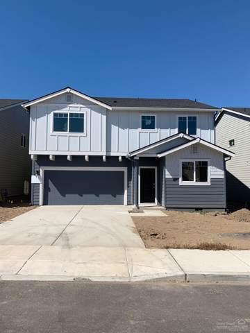 61557 SE Lorenzo Drive, Bend, OR 97702 (MLS #201904673) :: The Ladd Group