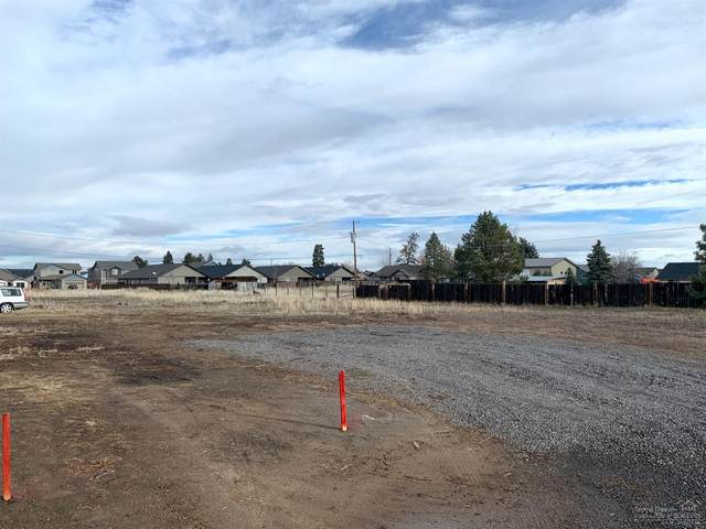 61632 SE Daly Estates Drive, Bend, OR 97702 (MLS #202000742) :: Fred Real Estate Group of Central Oregon