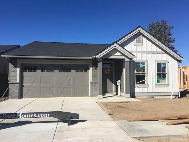3643 SW Badger Court, Redmond, OR 97756 (MLS #202001323) :: Bend Homes Now