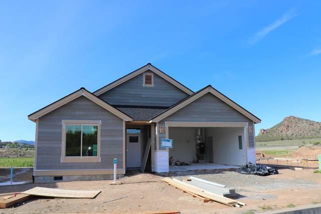 1037-Lot 176 NE Hudspeth Circle, Prineville, OR 97754 (MLS #202002858) :: CENTURY 21 Lifestyles Realty