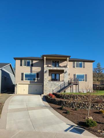 1360 Poppy Ridge Drive, Eagle Point, OR 97524 (MLS #220116587) :: Bend Homes Now