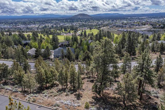 2850 NW Lucus Court, Bend, OR 97703 (MLS #220117327) :: The Ladd Group