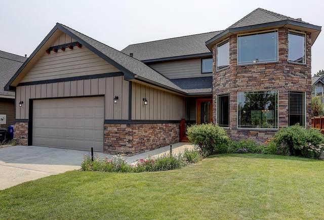 21227 Darnel Avenue, Bend, OR 97702 (MLS #220127212) :: Berkshire Hathaway HomeServices Northwest Real Estate