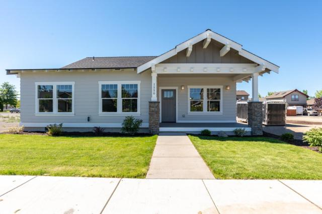 1550 NW Kingwood Avenue, Redmond, OR 97756 (MLS #201802809) :: Windermere Central Oregon Real Estate