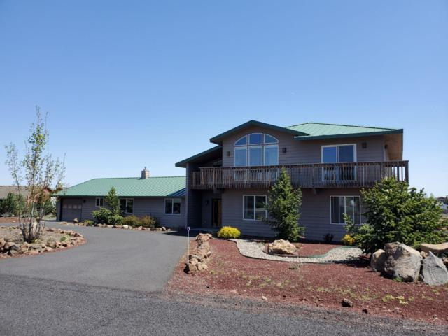 66620 W Cascade, Bend, OR 97703 (MLS #201901399) :: Fred Real Estate Group of Central Oregon