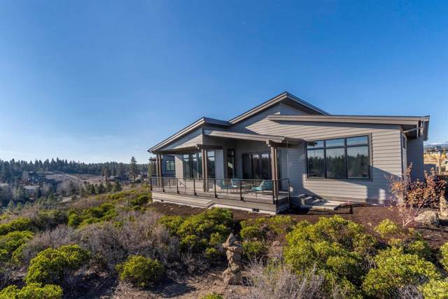 19341 Outrider Loop, Bend, OR 97702 (MLS #201909210) :: The Ladd Group