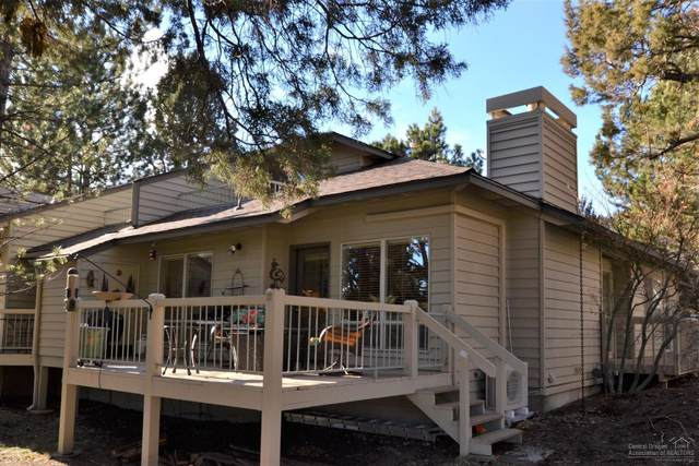 3062 NW Clubhouse Drive, Bend, OR 97703 (MLS #202000063) :: Fred Real Estate Group of Central Oregon