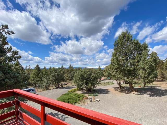 65228 85th Place, Bend, OR 97703 (MLS #202001134) :: Bend Homes Now