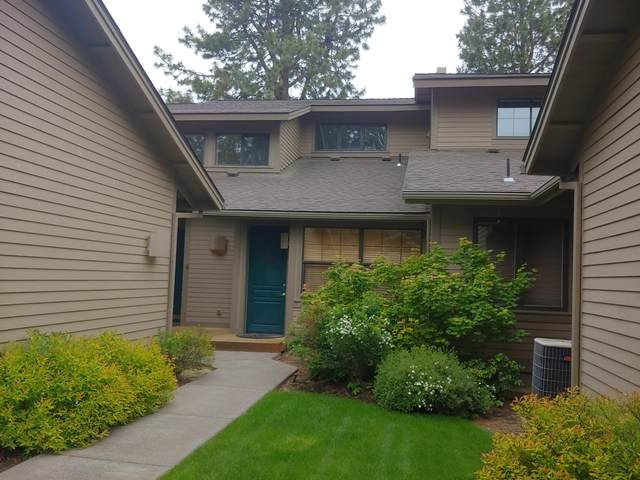 60523-U3 Seventh Mountain Drive #019, Bend, OR 97702 (MLS #220103732) :: Central Oregon Home Pros