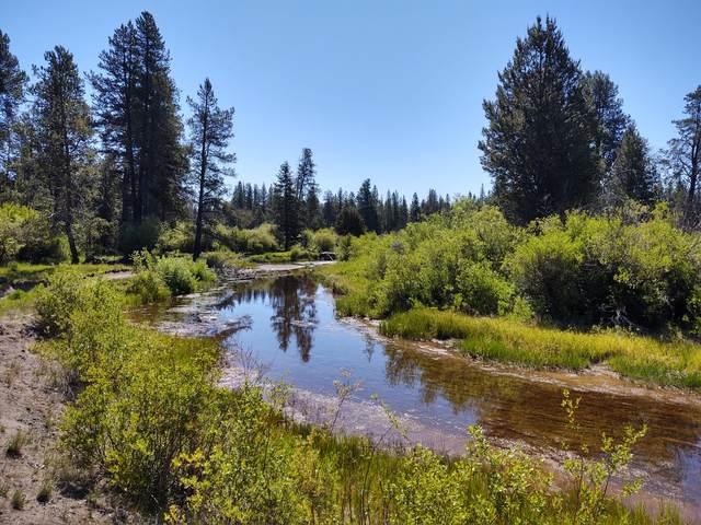 15511 Deer Avenue, La Pine, OR 97739 (MLS #220121749) :: Arends Realty Group