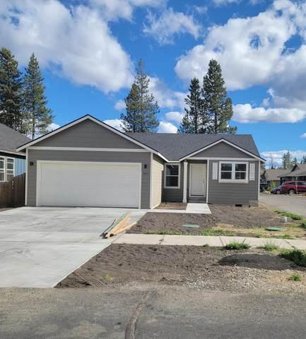 16415 Riley Drive, La Pine, OR 97739 (MLS #220121895) :: Schaake Capital Group