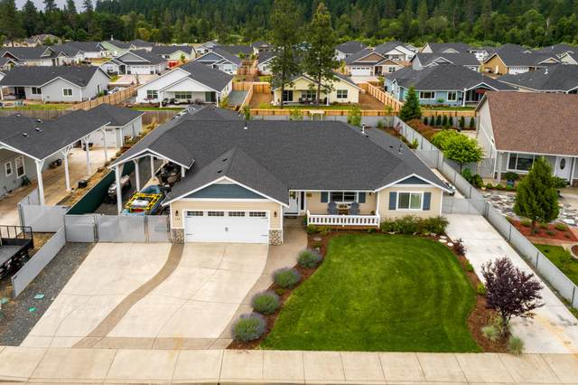 146 Cabernet Circle, Cave Junction, OR 97523 (MLS #220124334) :: Vianet Realty