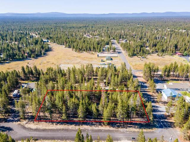 25 Split Rail Road, La Pine, OR 97739 (MLS #201811312) :: Fred Real Estate Group of Central Oregon