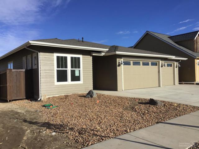4105 SW Coyote Avenue, Redmond, OR 97756 (MLS #201808070) :: The Ladd Group