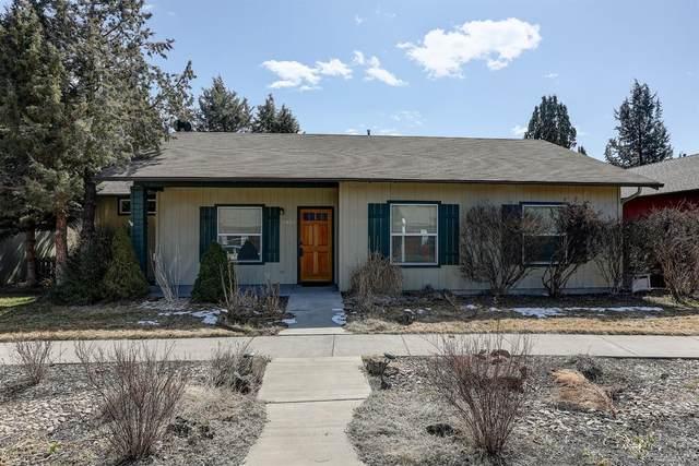20649 Honeysuckle Ln., Bend, OR 97702 (MLS #202002018) :: Bend Homes Now