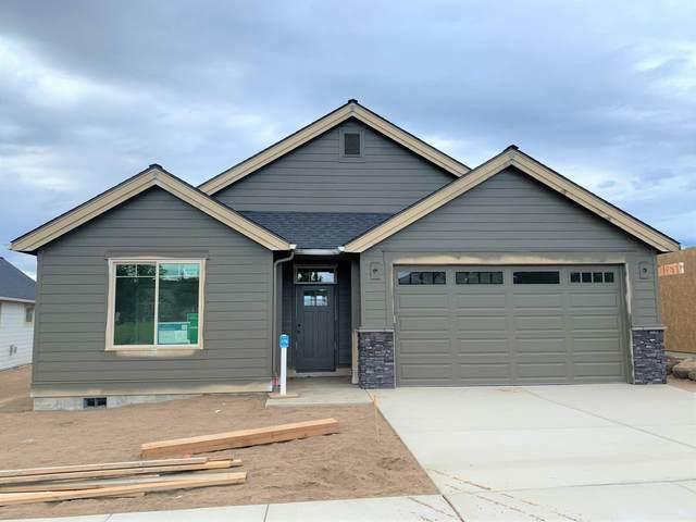 1037-Lot 176 NE Hudspeth Circle, Prineville, OR 97754 (MLS #202002858) :: Team Birtola | High Desert Realty