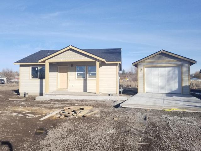 1322 NW Seehale, Prineville, OR 97754 (MLS #201806191) :: The Ladd Group