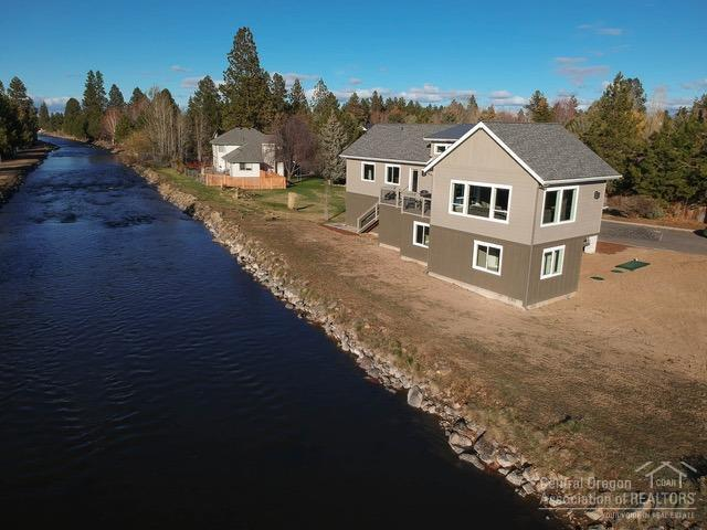 21000 Wilderness Way, Bend, OR 97702 (MLS #201809258) :: Fred Real Estate Group of Central Oregon