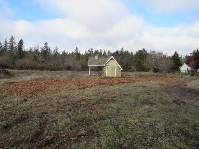 243 Green Acres Drive, Merlin, OR 97532 (MLS #103005512) :: FORD REAL ESTATE