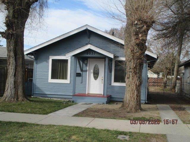 2037 Reclamation Avenue, Klamath Falls, OR 97601 (MLS #103011048) :: Berkshire Hathaway HomeServices Northwest Real Estate