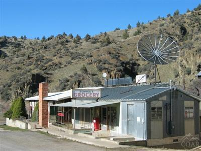 209 W Main Street, Mitchell, OR 97750 (MLS #201302562) :: Birtola Garmyn High Desert Realty