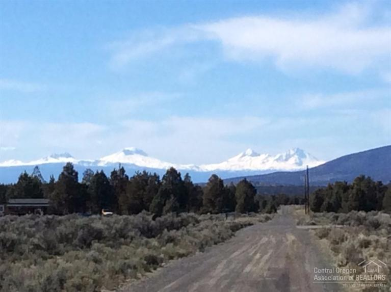 3387 SE Teton Street, Prineville, OR 97754 (MLS #201502303) :: Birtola Garmyn High Desert Realty