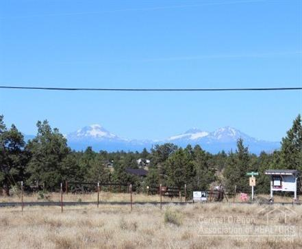 123 SW Bent Loop, Powell Butte, OR 97753 (MLS #201507112) :: Pam Mayo-Phillips & Brook Havens with Cascade Sotheby's International Realty