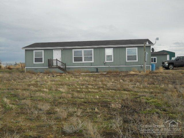 2515 NW Clackamas Drive, Madras, OR 97741 (MLS #201600348) :: Birtola Garmyn High Desert Realty