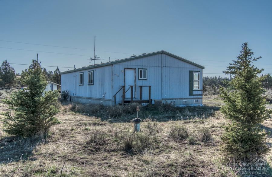 69538 Hinkle Butte Drive, Sisters, OR 97759 (MLS #201604878) :: Birtola Garmyn High Desert Realty