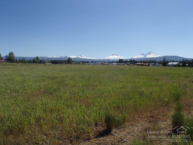 0 Jantzen Drive, Sisters, OR 97759 (MLS #201605629) :: Birtola Garmyn High Desert Realty