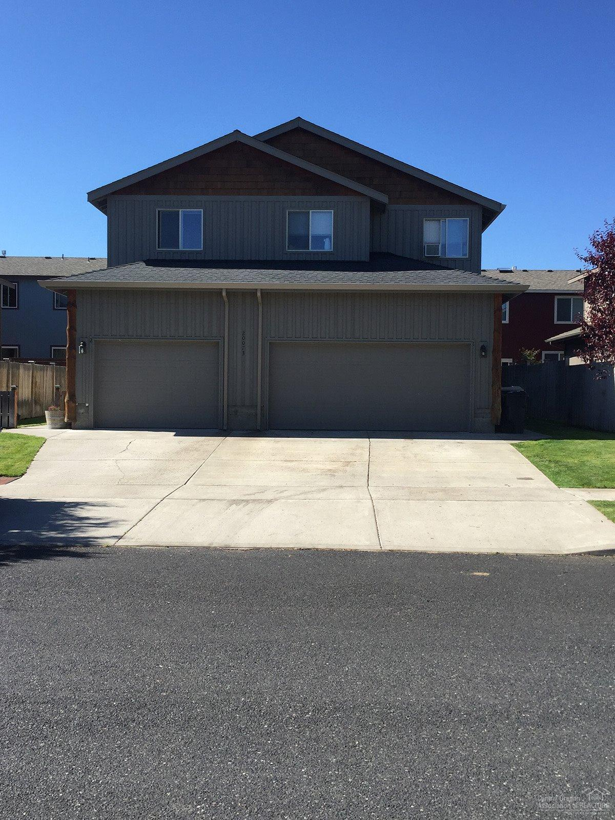 20073 Porter Place, Bend, OR 97702 (MLS #201606621) :: Birtola Garmyn High Desert Realty