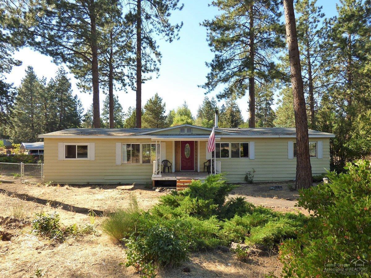 60899 Alpine Drive, Bend, OR 97702 (MLS #201608739) :: Birtola Garmyn High Desert Realty