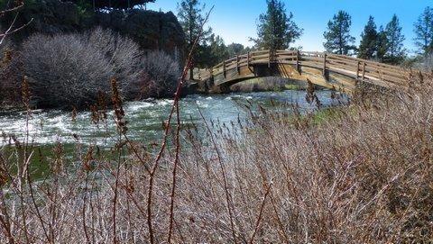 20355 Arrowhead Drive, Bend, OR 97701 (MLS #201702145) :: Birtola Garmyn High Desert Realty