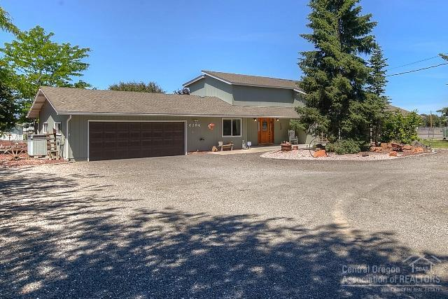 6394 SW Rose Street, Culver, OR 97734 (MLS #201703078) :: Birtola Garmyn High Desert Realty